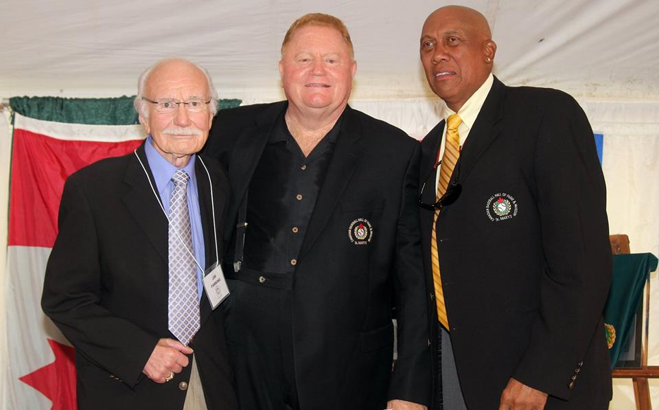 Rusty Staub (middle) at his induction into the Canadian Baseball Hall of Fame in St. Marys, Ont., in June 2012 with fellow Canadian Baseball Hall of Famers Jim Fanning (left) and Fergie Jenkins (right).