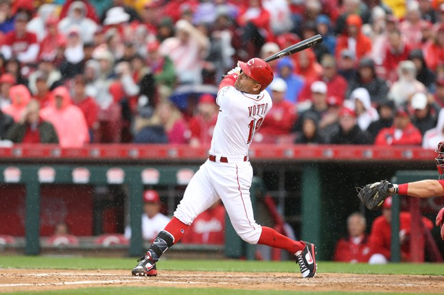 Joey Votto (Etobicoke, Ont.) is being honoured for his contributions on and off the field in 2017.