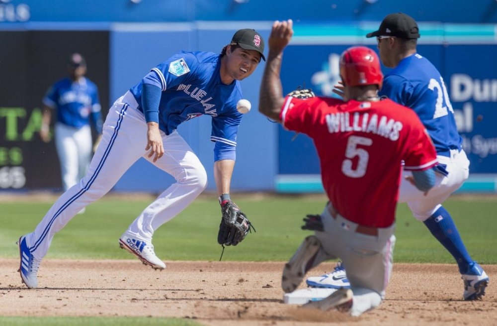 After a down season in 2017, Toronto Blue Jays' new shortstop Aledmys Diaz looks to rebound in 2018. Photo Credit: Frank Gunn/CP