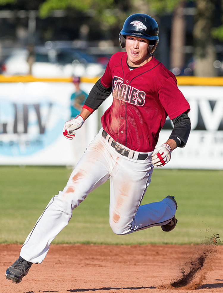 Victoria Eagles grad Tyler Duncan (Sookie, BC) had seven hits for the Crowder Rough Riders.