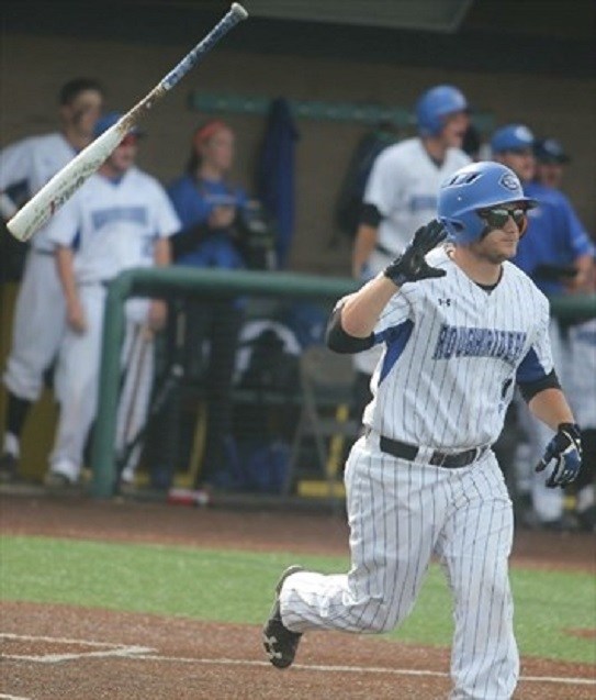 Former Fieldhouse Pirate Kyle Blackwell (Waterdownn, Ont.) had a pair of of hits, including a homer and three RBIs.