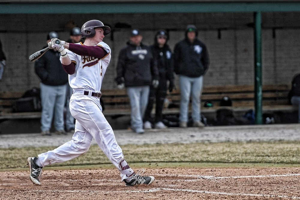 Okotoks Dawgs grad Justin King (Okotoks, Alta.) had three homers this week and 15 RBIs for the Indian Hills Fallcons. The three homers shared the lead among Canadians this week, while the RBI total was second overall.