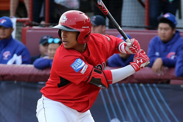 C-3B Noah Naylor (Mississauga, Ont.) of the Ontario Blue Jays is projected to go in the first round next month by both Baseball America and the Perfect Game Scouting Service.