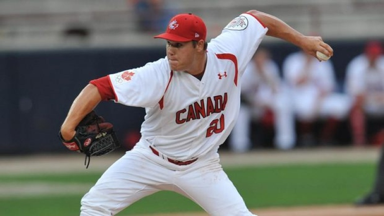 Former Prairie Baseball Academy Dawg Jay Johnson (Sussex Corners, NB) has signed with the Quebec Capitales. Photo: Rodrigo Arangua/AFP/Getty Images)
