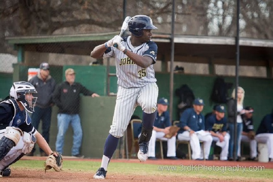 Ontario Blue Jays grad Malik Williams (Toronto, Ont.) led all Canadians in RBIs knocking in 78 for the Johnson County Cavaliers. Photo: 3rdKPhotography.com.