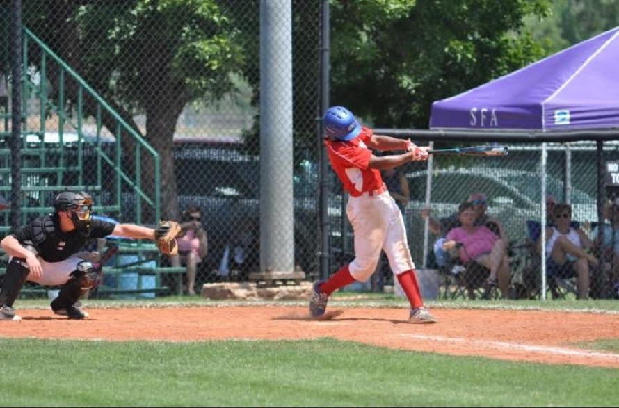 Elijha Hammill batting right-handed. Photo:Lucy Wetherall.