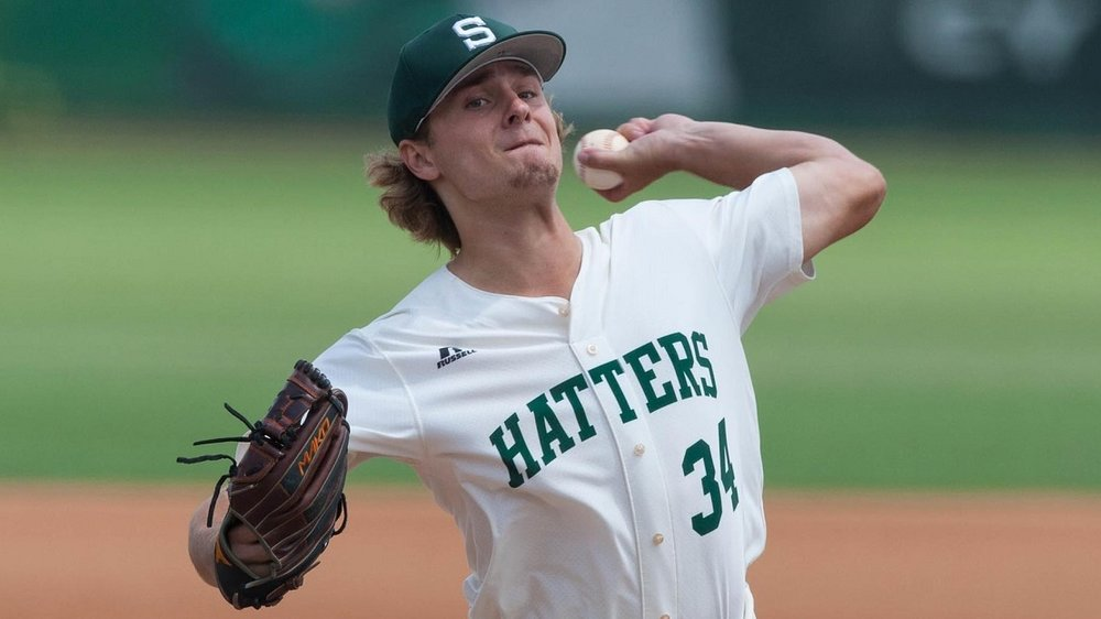 After being selected by the Seattle Mariners in the 24th of the MLB Draft in June, Ben Onyshko (Winnipeg, Man.) has started his professional career. Photo Credit: Stetson Athletics
