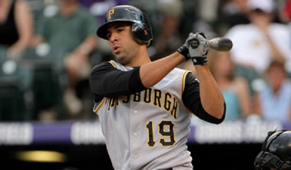 Jose-bautista-pirates-1-sept-2010