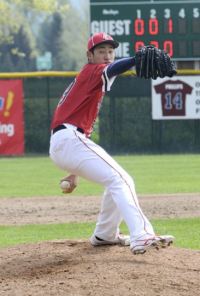 Abbotsford Cardinals' LHP Taisei Yahiro (Abbotsford, BC) of the DBacks Langley Blaze was named to the Perfect Game Wood Bat World championships elite team.