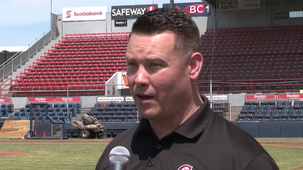 Vancouver Canadians broadcaster Rob Fai (Toronto, Ont.) in action