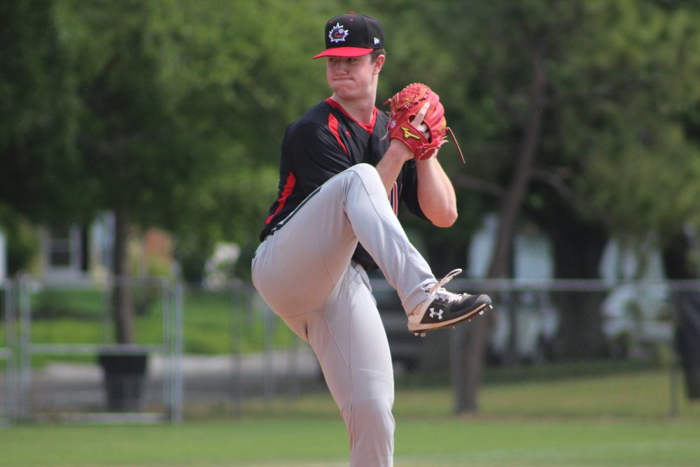 Toronto Mets alum Keegan Pulford-Thorpe (Newmarket, Ont.) got the start for the Junior National Team and allowed one earned run in two innings against a team of Philadelphiap Phillies prospects on Sunday. Photo: Baseball Canada