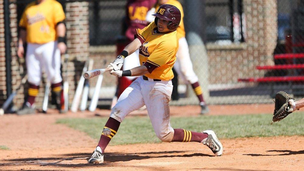 Thornhill Reds grad Gianfranco Morello (Toronto, Ont.) carried the big bat for Charleston.