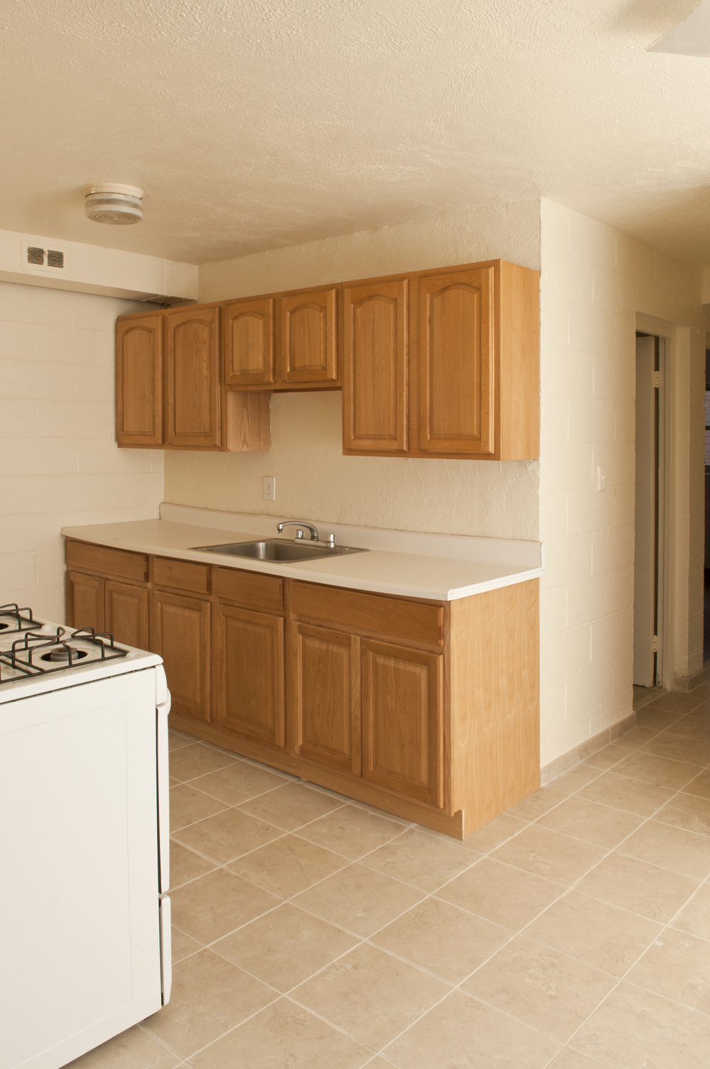 RiverviewGardens_Kitchen.jpg