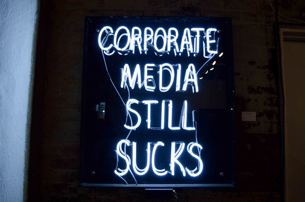 Corporate Media Still Sucks
