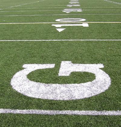 football-field-1521361-639x670.jpg
