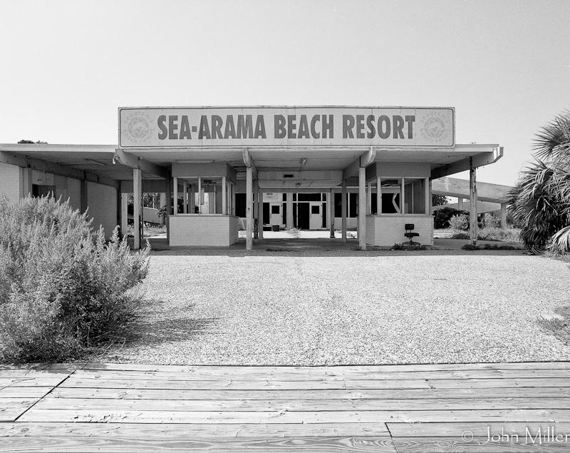 Sea Arama-01