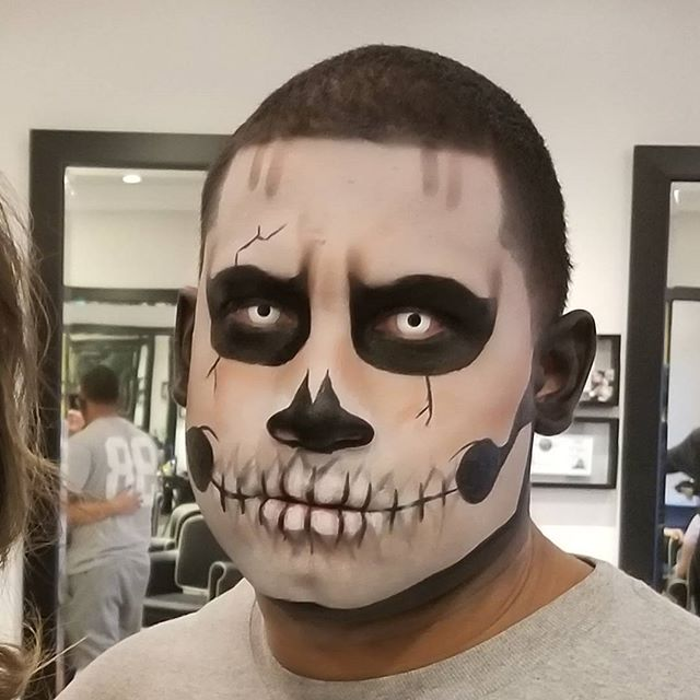 Few appoinments left for Halloween!! Call 8188462911 to book your spot!! #halloweenmakeup