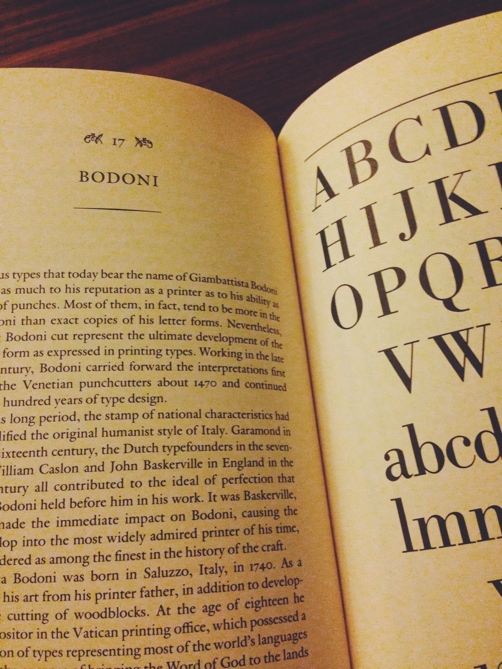 Anatomy of A Typeface by Alexander Lawson