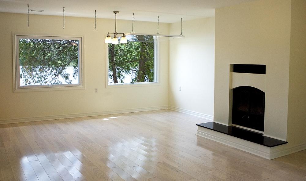 Ann & Vi's living room.jpg