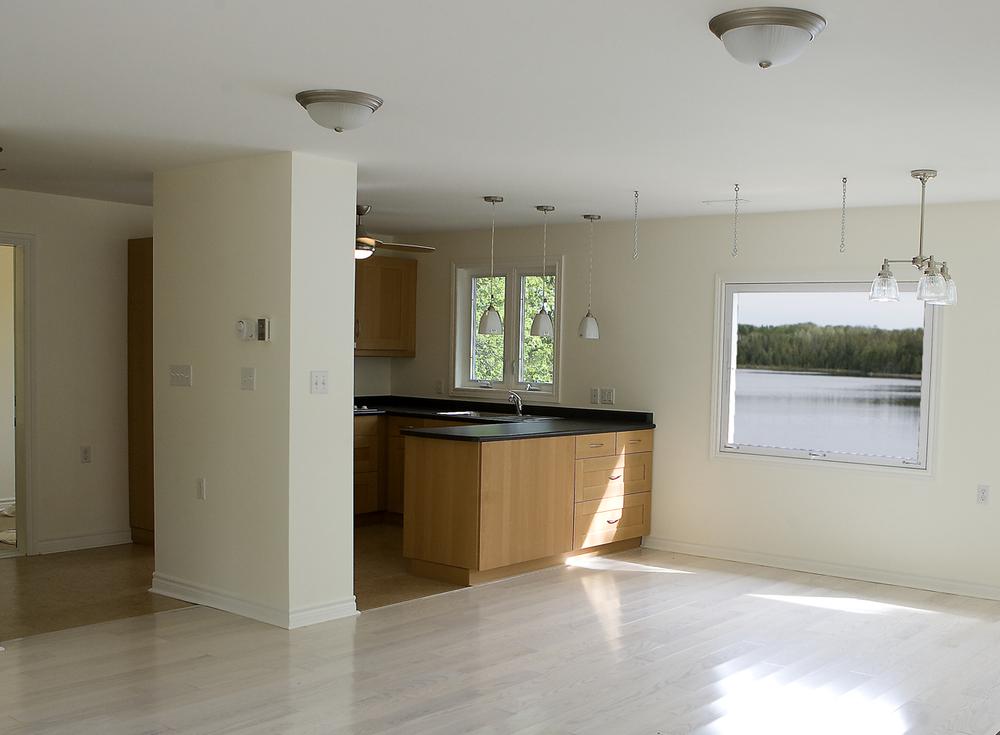 AAAA Ann & Vi's kitchen 2.jpg
