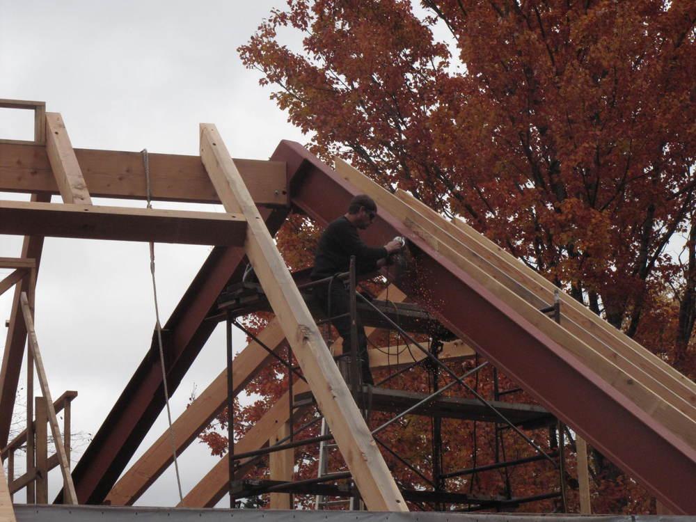 Ray & Carolyn's steel beams in place.JPG