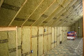 Roxul+insulation+in+attic.jpg