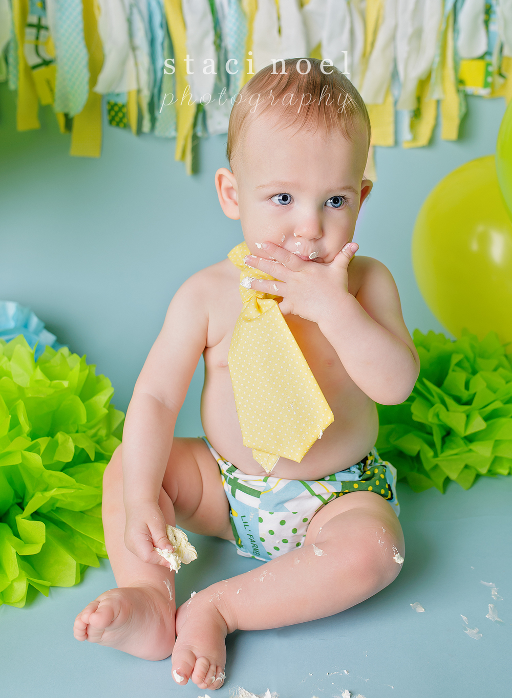 charlotte baby photographer cake smash 7