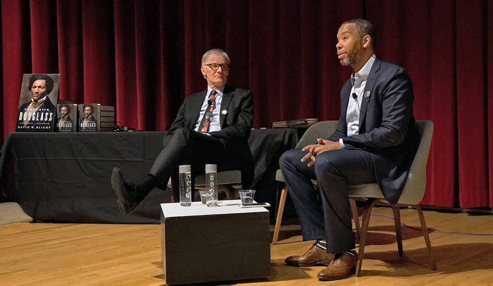 David Blight (left) and Ta-Nehisi Coates on stage at the Yale University Art Gallery. (Photo credit: Daniel Vieira)