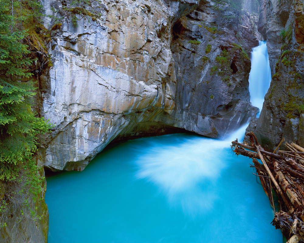 Glacier Waterfall in Banff.jpg