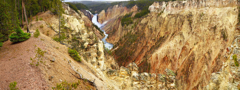 Yellowstone Falls.jpg