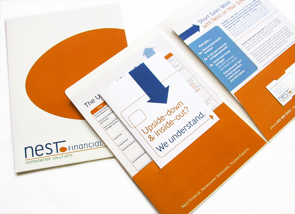 Presentation folder with collateral materials