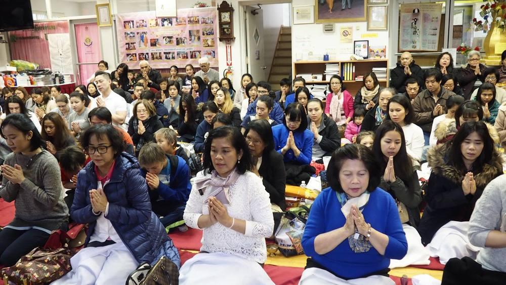 Thai sangha in attendance