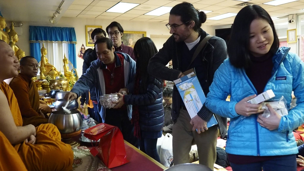 Bodhivastu Peace Ambassadors offer food to assembly of monks