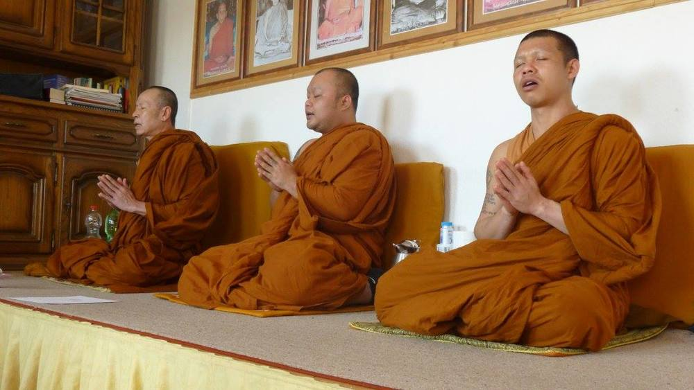 Wat Dhammaniwassa - Abbot and Monks.jpg