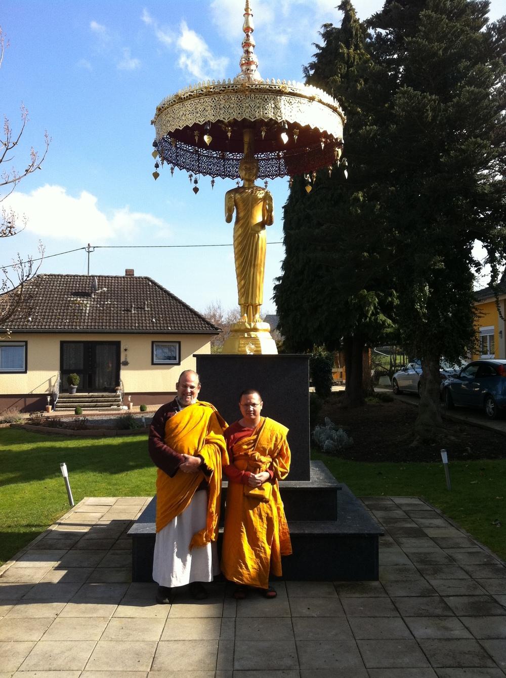 Wat Buddha Vipassana-Lama and Abbot.JPG