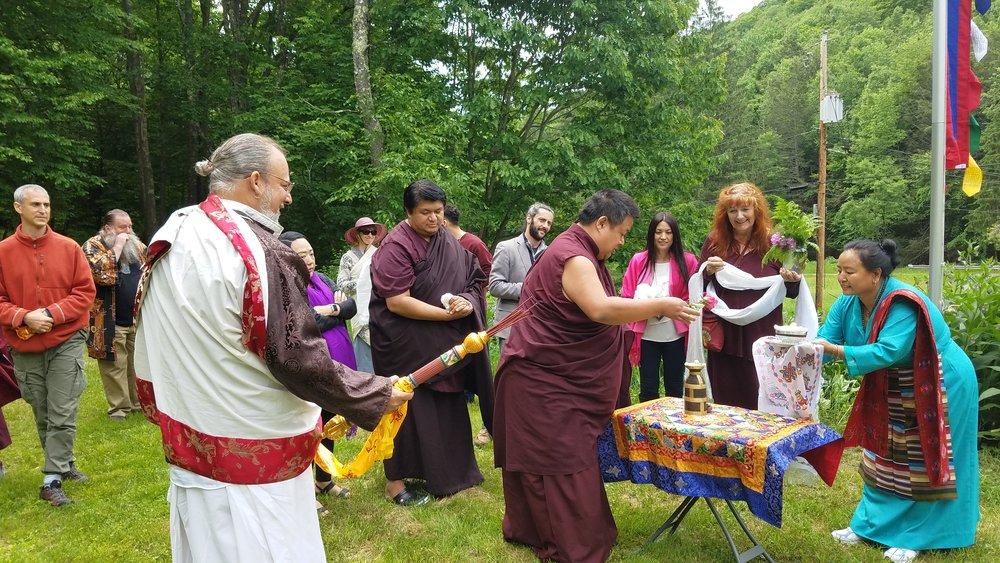 H.E. Kathok Situ Rinpoche and H.E. Tulku Namgyal Dawa Rinpoche Bless Big Indian center