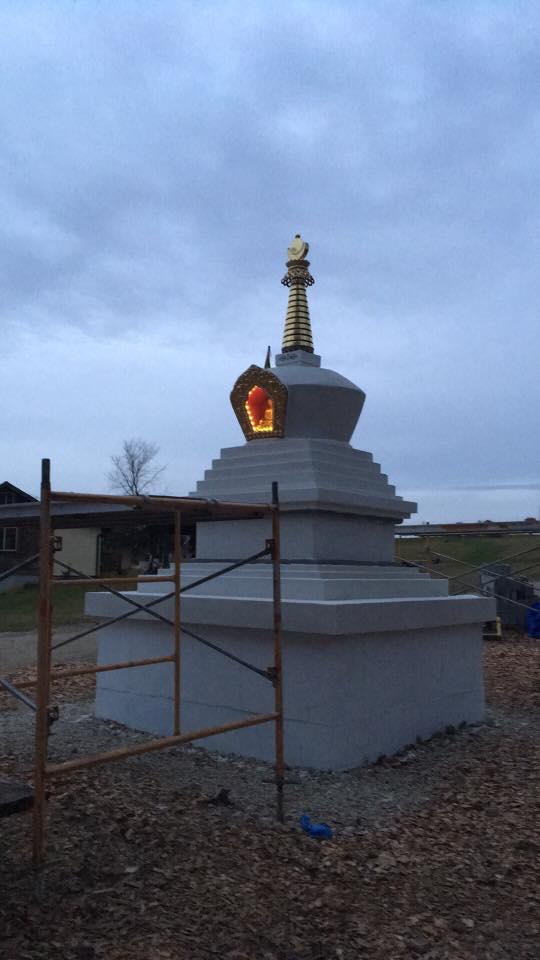 stupa and light.jpg