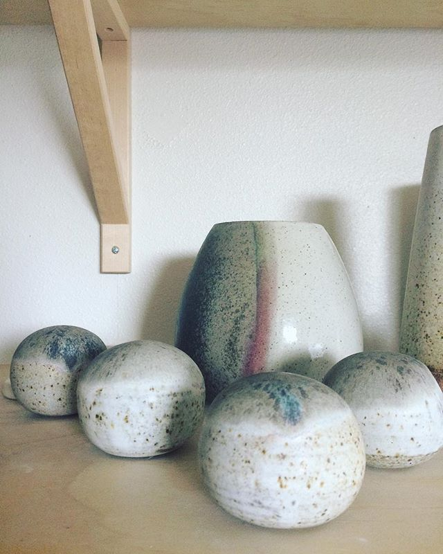 "I know paper is not in fashion at the moment but for some reason I made ""paper weights"" or just pretty objects for your desk/home. . #ceramics #pottery #handmade #paperweight #object #vase #eggshell"