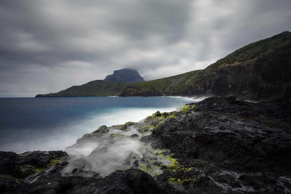Lord Howe Rocks.jpg