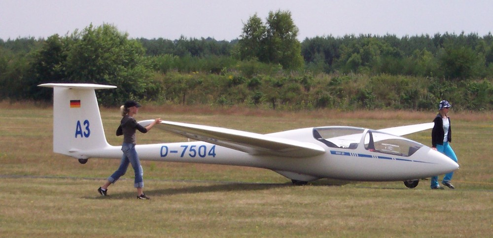 ASK-21 ready for towing