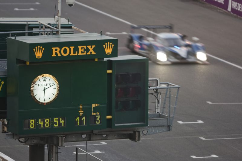 The iconic Rolex race clock at Le Mans