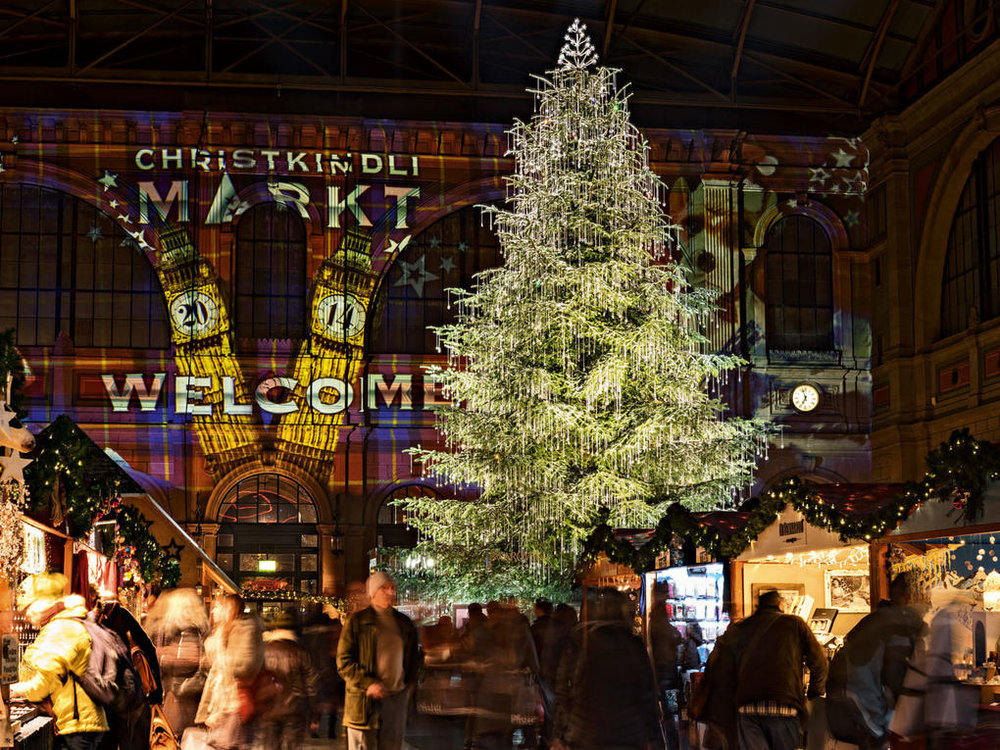 Christmas market at the Main Train Station Image from zuerich.com