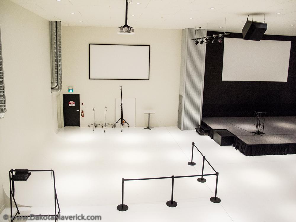 Dakota Maverick Photography Studio (1 of 5).jpg