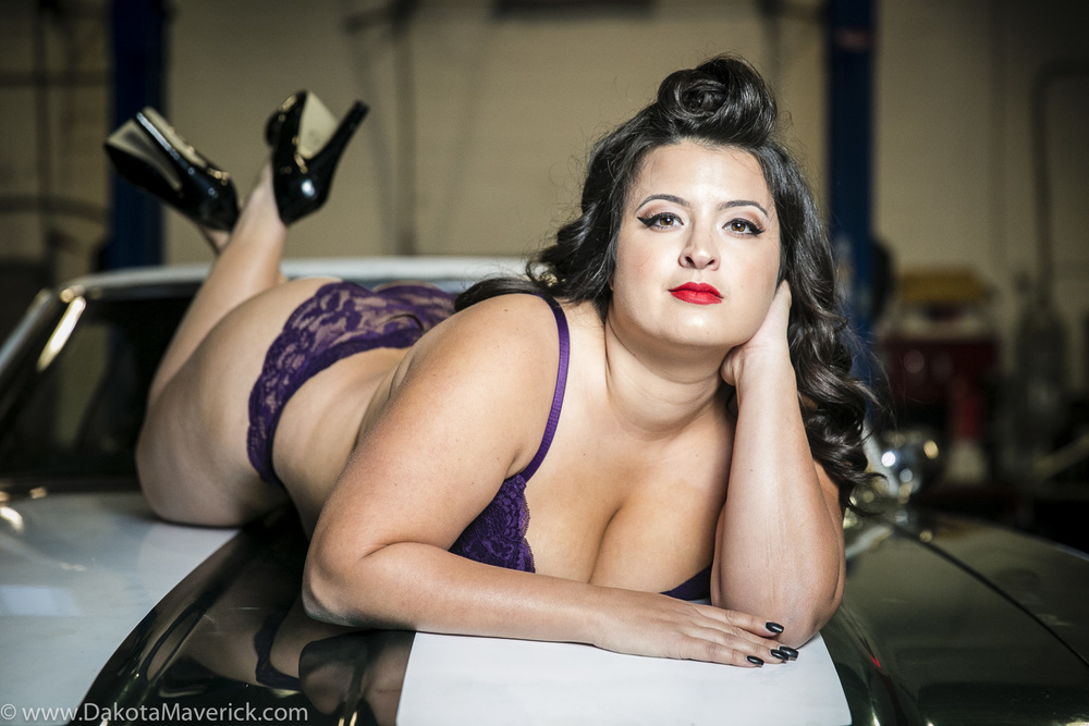 Vancouver Pinup Photographer - April (18 of 19).jpg