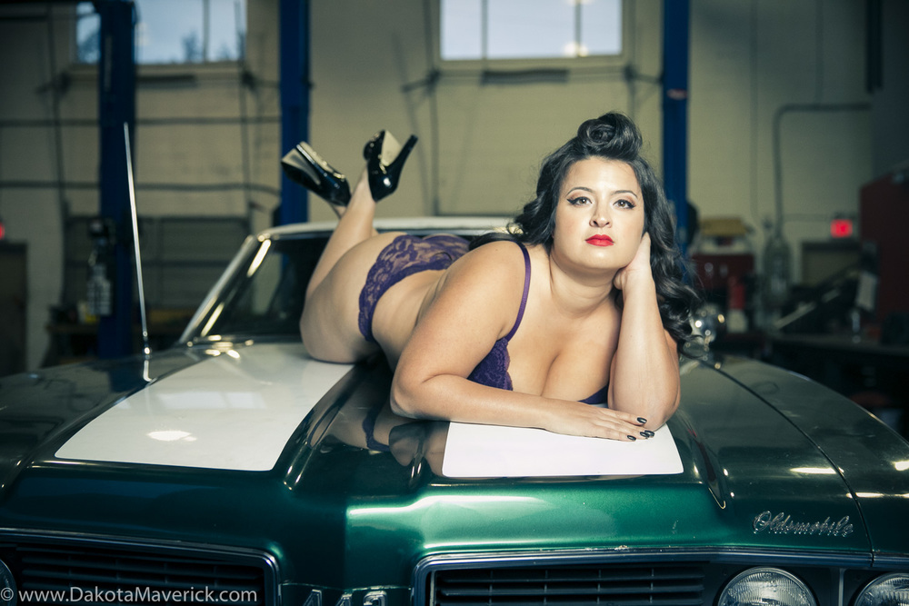 Vancouver Pinup Photographer - April (16 of 19).jpg