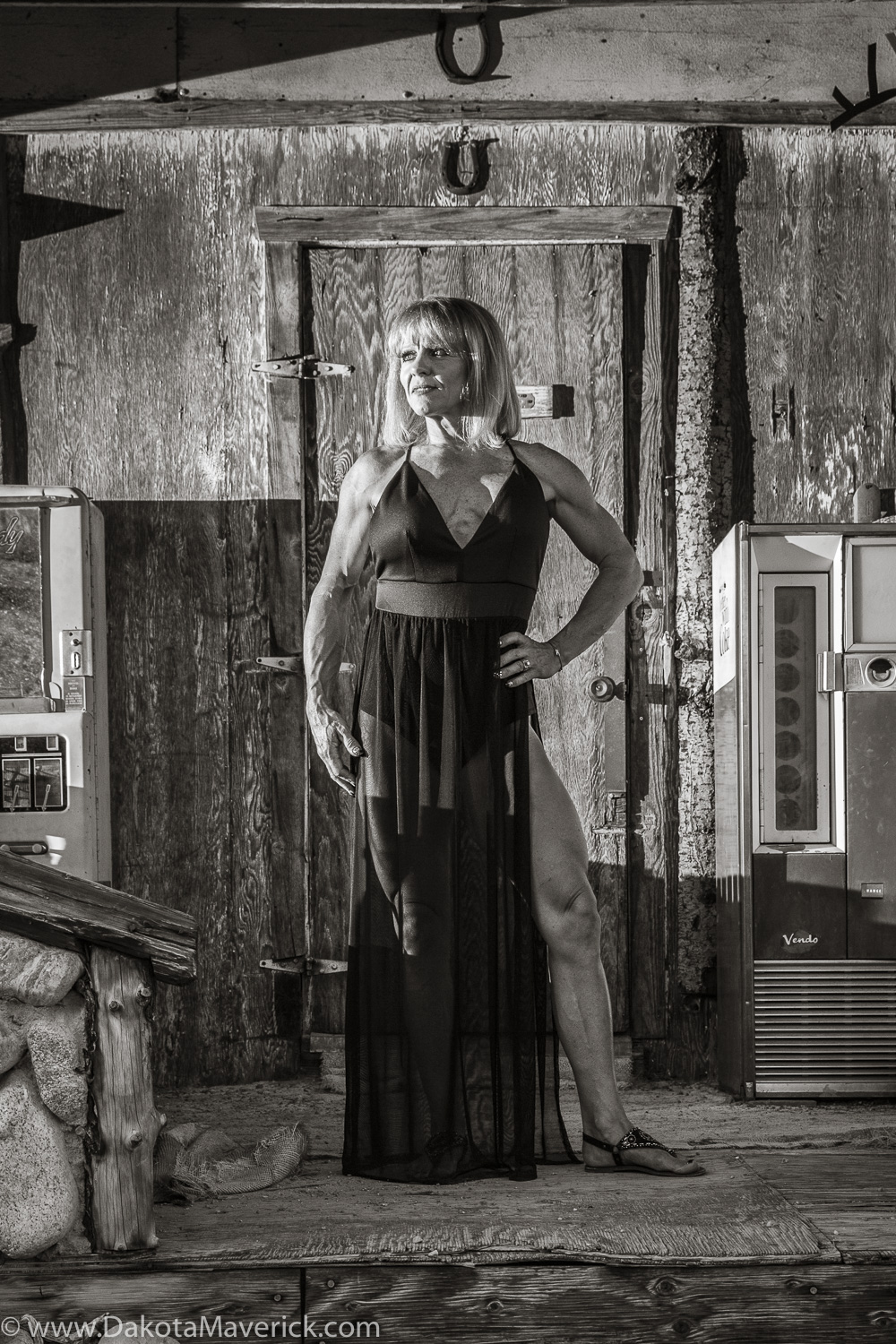 Vancouver Fitness Photographer - Nelson Ghost Town, Nevada - Fashion Fitness Shoot (11 of 40).jpg