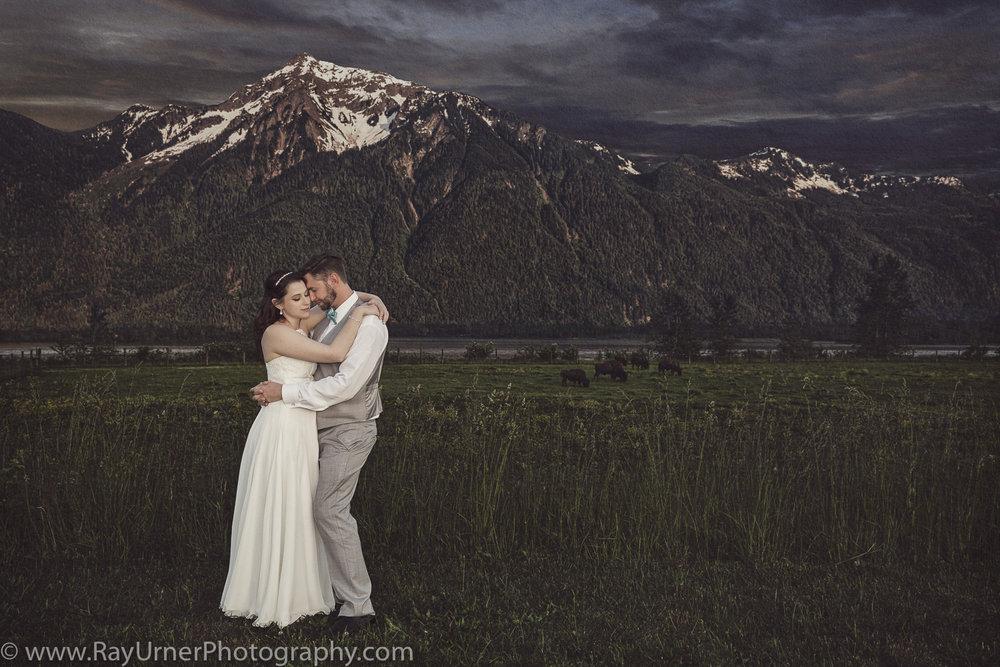 Fraser River Lodge Wedding.jpg