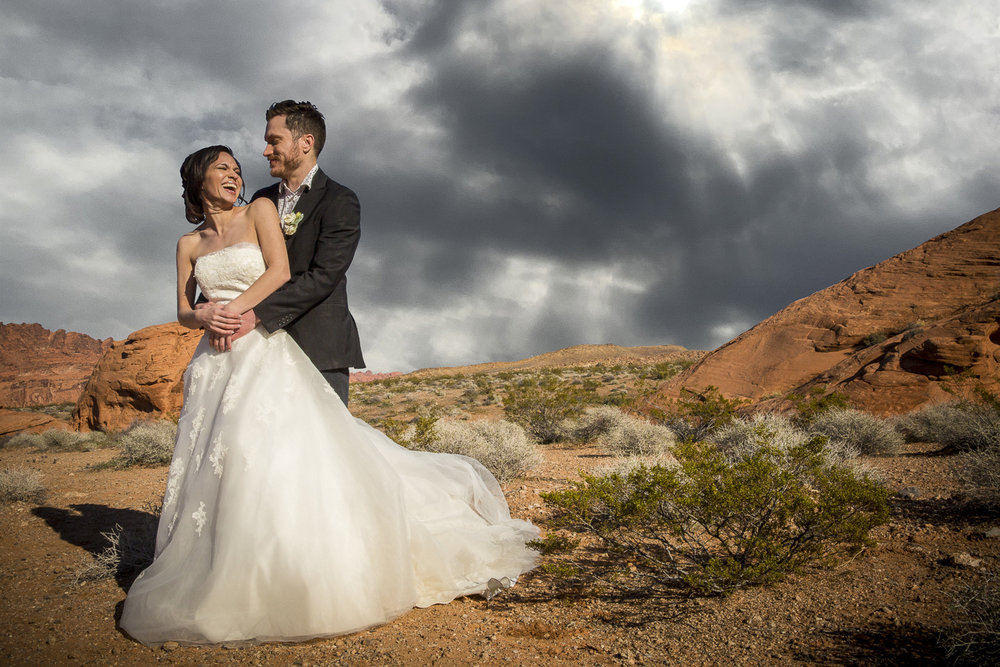 Valley of Fire Wedding Photography - Lana and Curtis (4 of 11).jpg
