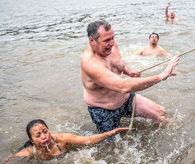 Hundreds of very brave souls took a dip in the Monongahela River this morning for the 2019 Pittsburgh Polar Bear Jump to raise money for the Salvation Army's Project Bundle-Up. (Alexandra Wimley/Post-Gazette) #brrr