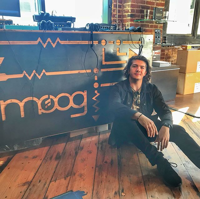 Put me in a good moog 🎹 @moogsynthesizers